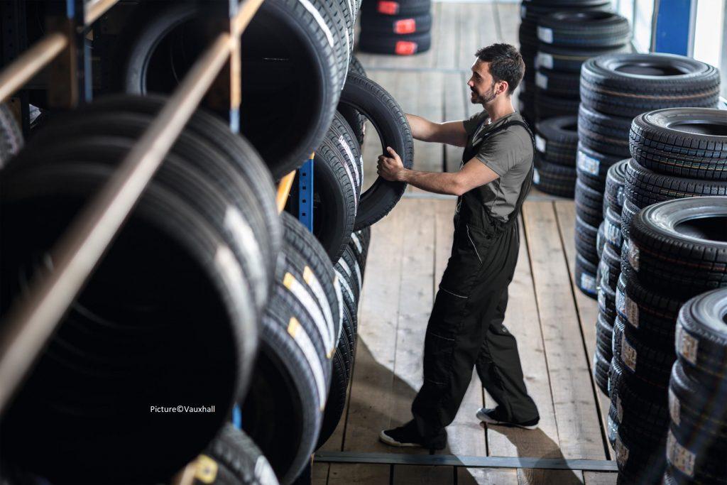 mixing tyres
